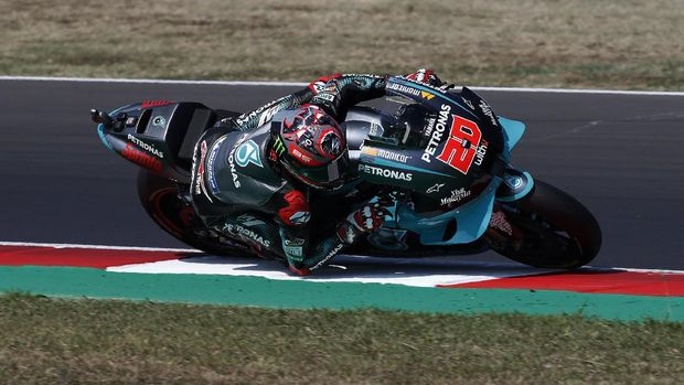 France's Fabio Quartararo rides his Yamaha during the fourth practice session for Sunday's San Marino Motorcycle Grand Prix at the Misano circuit in Misano Adriatico, Italy, Saturday, Sept. 12, 2020. (AP Photo/Antonio Calanni)