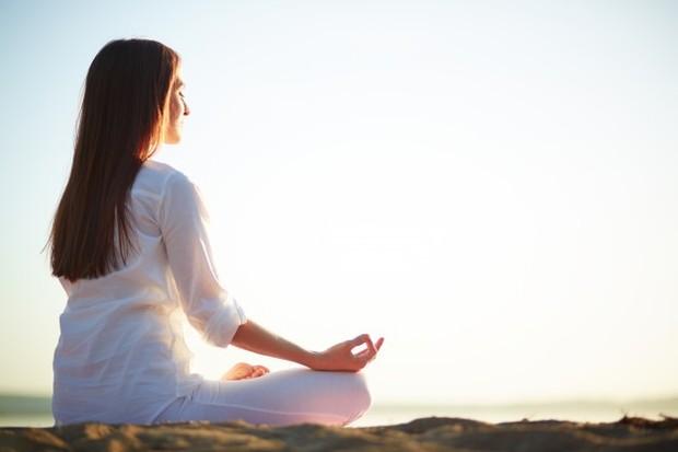 Melakukan Olahraga Meditasi
