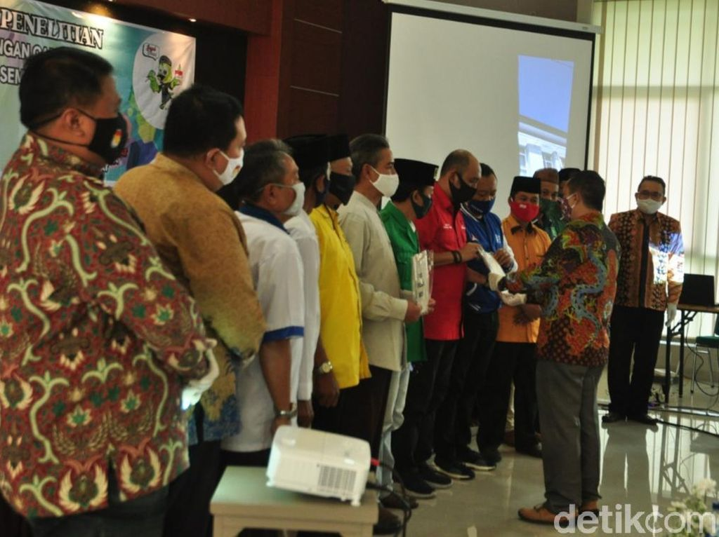 Pasangan Ngebas Belum Lolos Syarat Maju Pilbup Semarang
