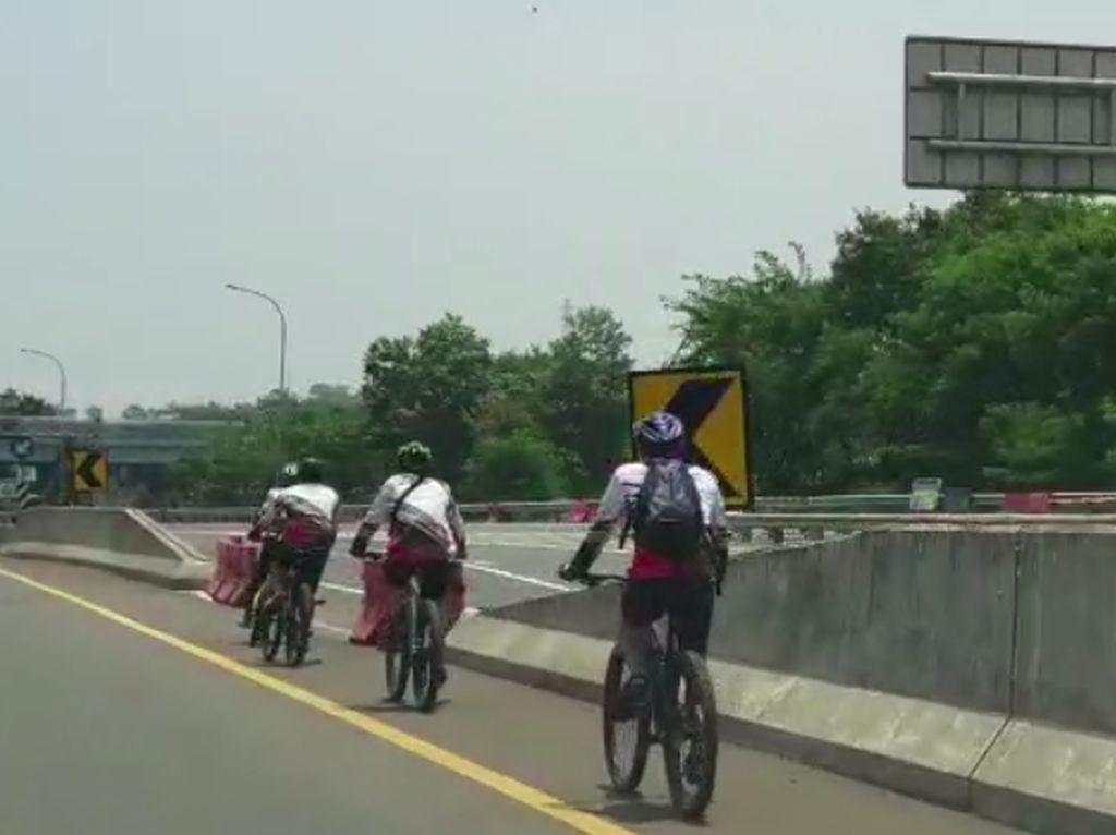 Viral Pesepeda Lawan Arah Diduga di Tol Bogor, Komunitas: Bikin Malu!