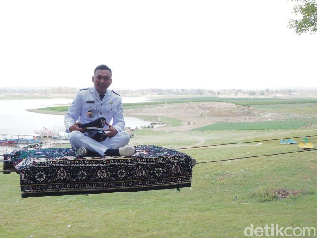 Setelah Salju, Kini Ada Magic Carpet di Waduk Gondang