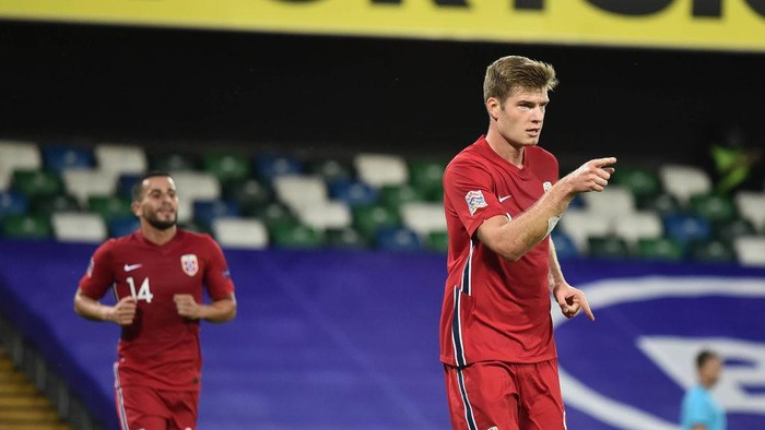 BELFAST, NORTHERN IRELAND - SEPTEMBER 07: Alexander Sorloth of Norway celebrates after scoring their third goal during the UEFA Nations League group stage match between Northern Ireland and Norway at National Stadium on September 7, 2020 in Belfast, United Kingdom. (Photo by Charles McQuillan/Getty Images)