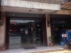 7 Bakery Jadul yang Masih Eksis Jual Roti Enak