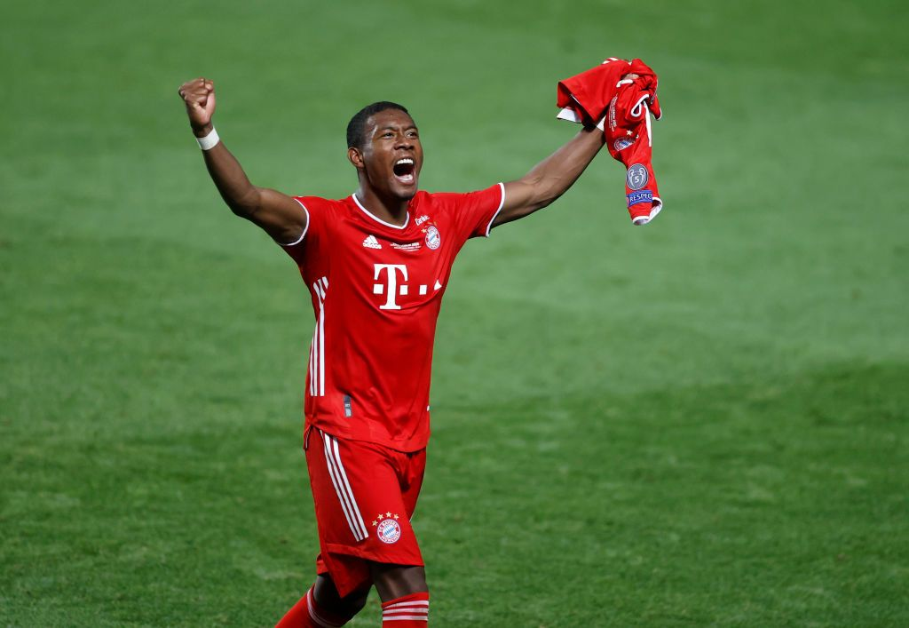 LISBON, PORTUGAL - AUGUST 23: David Alaba of FC Bayern Munich celebrates following his team's victory in the UEFA Champions League Final match between Paris Saint-Germain and Bayern Munich at Estadio do Sport Lisboa e Benfica on August 23, 2020 in Lisbon, Portugal. (Photo by Matt Childs/Pool via Getty Images)