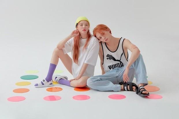 Berbeda dengan pasangan idol di atas yang memutuskan untuk mengakhiri hubungannya, Hyuna dan Dawn memilih untuk tetap bersama dan memilih meninggalkan agensi lamanya.