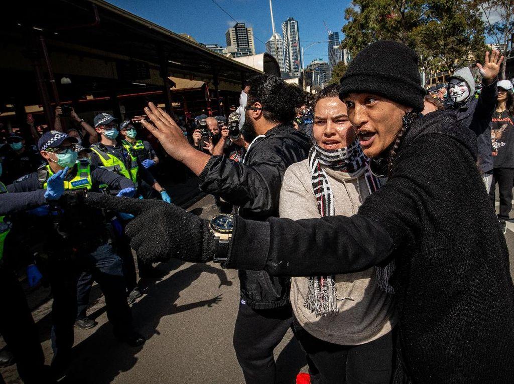 74 Orang Ditangkap Usai Demo Anti-lockdown di Melbourne