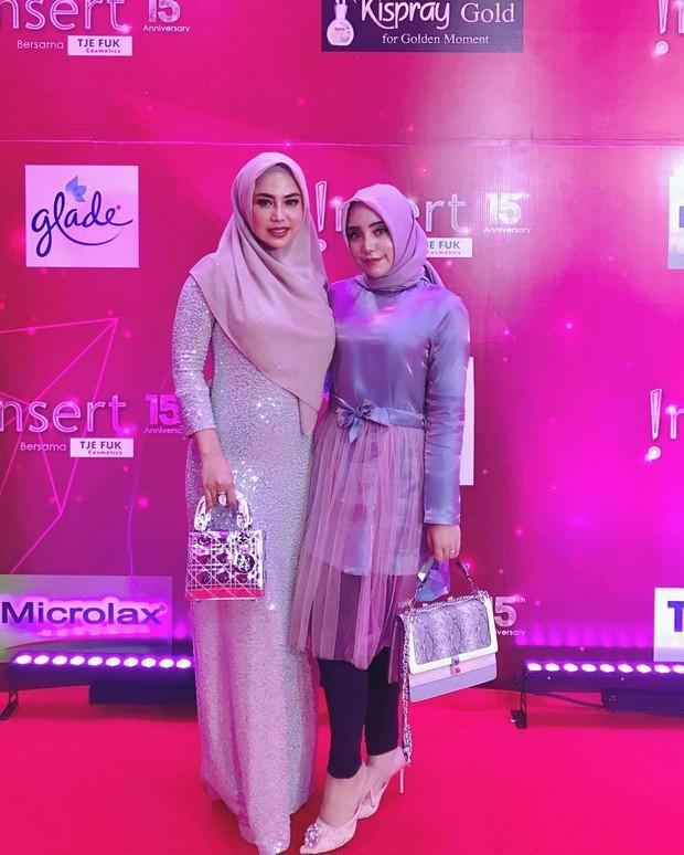 Salmafina juga tengah membangun usaha label fashion. Ia berkolaborasi dengan brand Markamarie X Salma Sunan menjual berbagai macam outfit busana muslim.