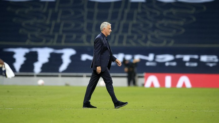 Tottenhams manager Jose Mourinho leaves the field after the English Premier League soccer match between Tottenham Hotspur and Everton at the Tottenham Hotspur Stadium in London, Sunday, Sept. 13, 2020. (Adam Davy/Pool via AP)