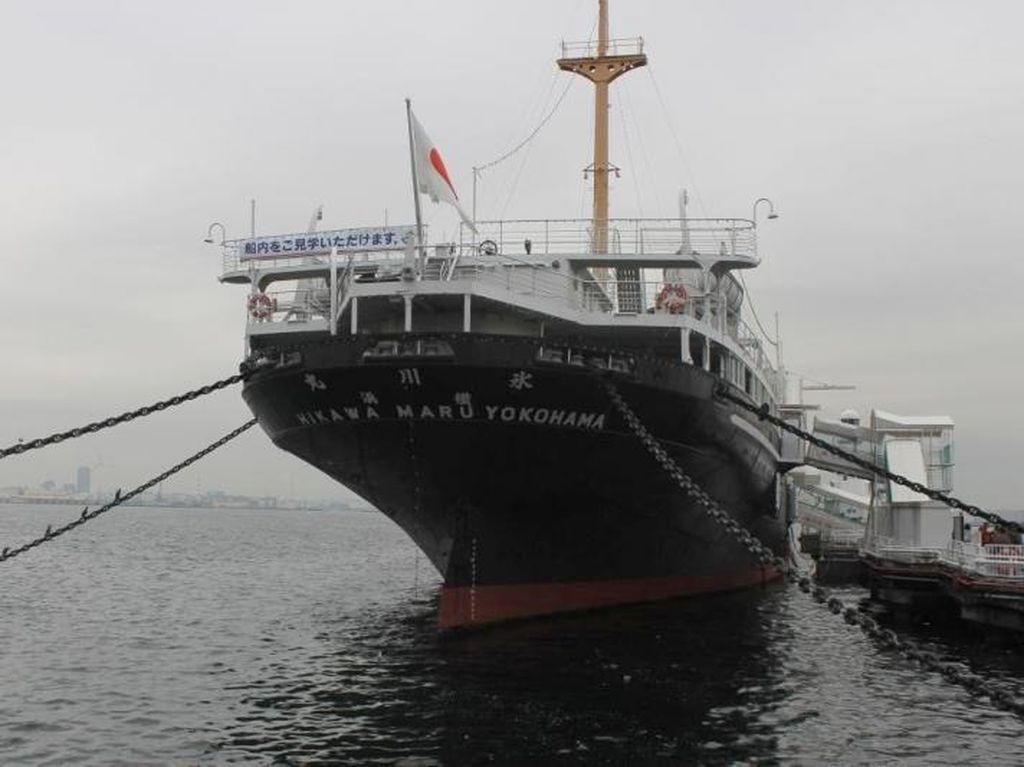 Mengunjungi Hikawa Maru, Kapal Legenda Jepang  di Yokohama