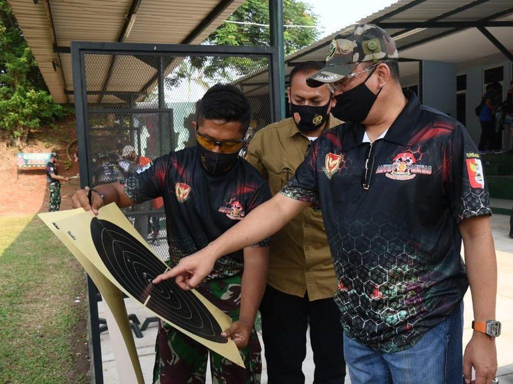 Ikut Lomba Menembak, Ketua MPR: Generasi Muda Harusnya Tak Mau Kalah