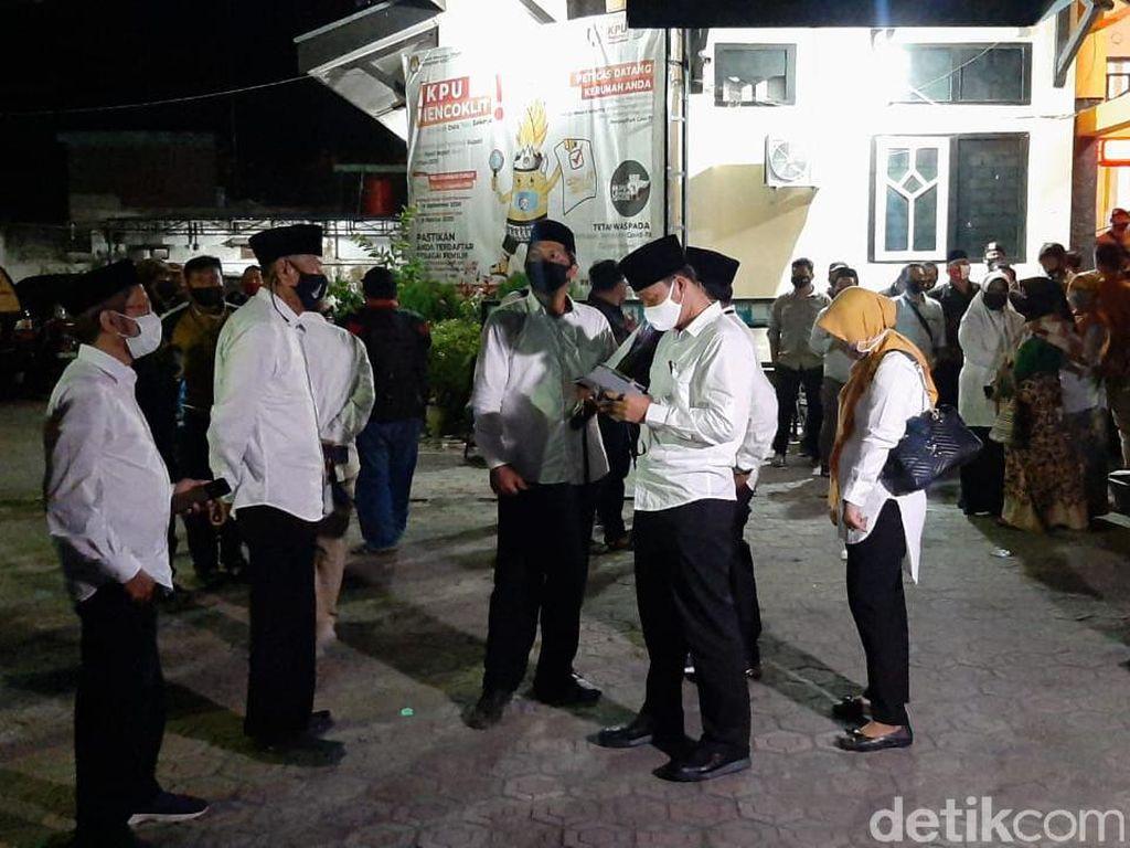 KPU Putuskan Dhito-Dewi Calon Tunggal di Pilbup Kediri 2020