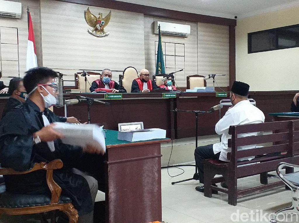 Bupati Sidoarjo Nonaktif Saiful Ilah Dituntut 4 Tahun Penjara