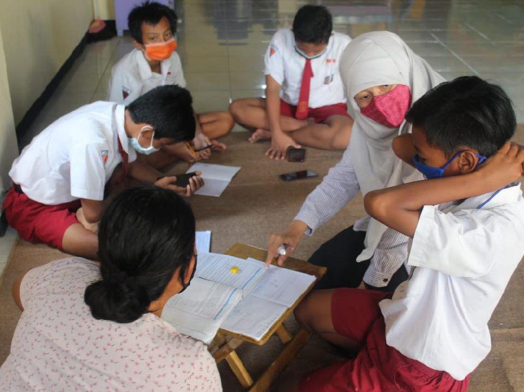 DPRD Surabaya Minta Pemkot Jemput Bola Atasi Masalah Internet Siswa