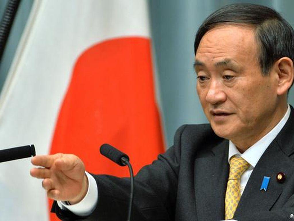 Yoshihide Suga, Sang Pewaris Tongkat Kepemimpinan Shinzo Abe