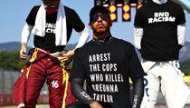 Pakai Kaos Tangkap Polisi, Lewis Hamilton Diinvestigasi FIA