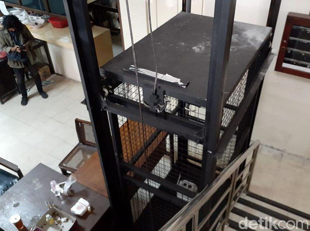 Melihat Kondisi Lift Pribadi Ketua DPRD DIY yang Jatuh