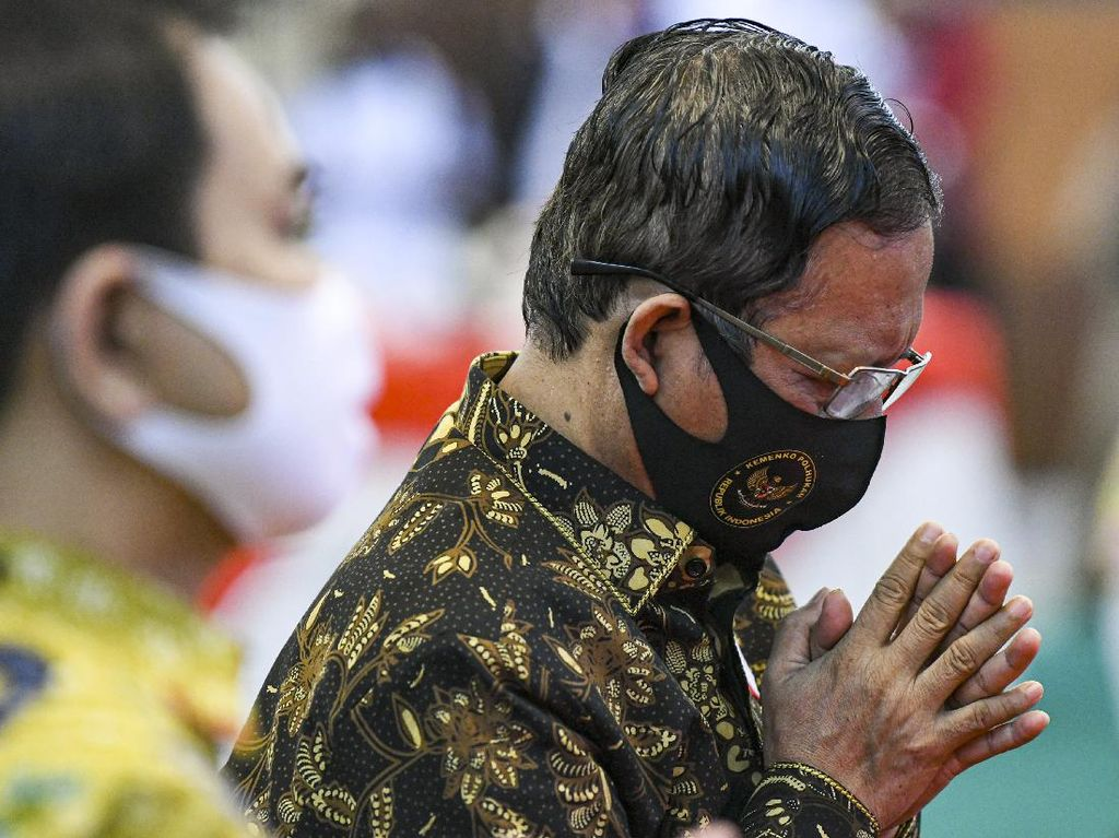 Mahfud Md Kutip Jokowi soal Isu Presiden 3 Periode: Menjerumuskan dan Menjilat