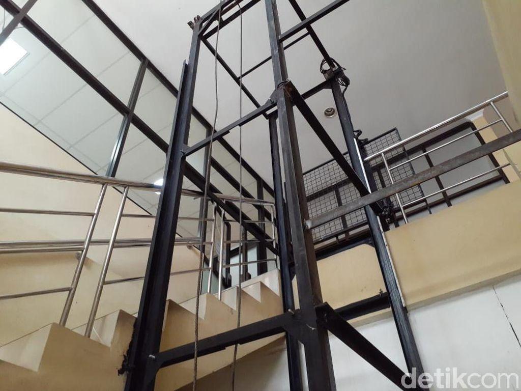 Kondisi Terkini Ketua DPRD DIY Usai Lift yang Dinaikinya Jatuh