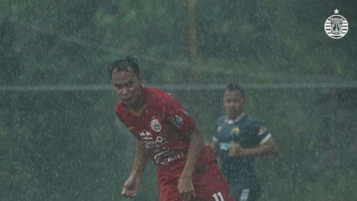 Persija Jakarta vs Tira Persikabo dalam laga uji coba, Selasa (15/9/2020).