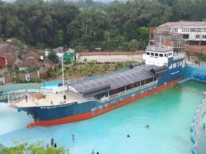 Asyiknya Menikmati Shabu-shabu ala Resto Kapal Pesiar di Sukabumi