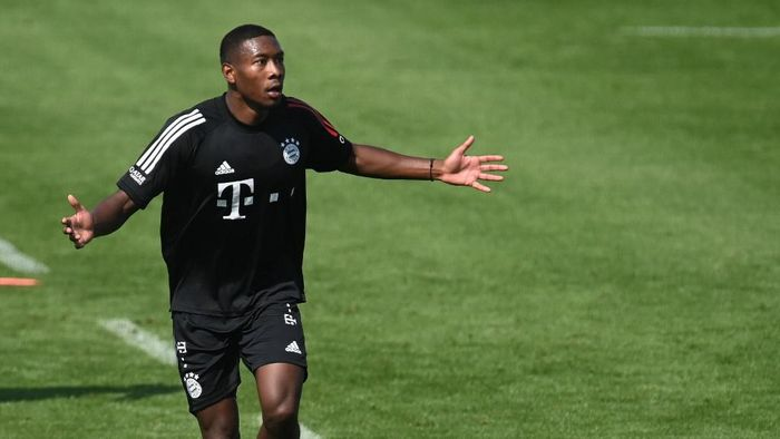Bayern Munichs Austrian defender David Alaba gestures during a first season training session of the German first division Bundesliga team FC Bayern Munich at the team trainings ground in Munich, southern Germany, on September 11, 2020. (Photo by Christof STACHE / AFP)