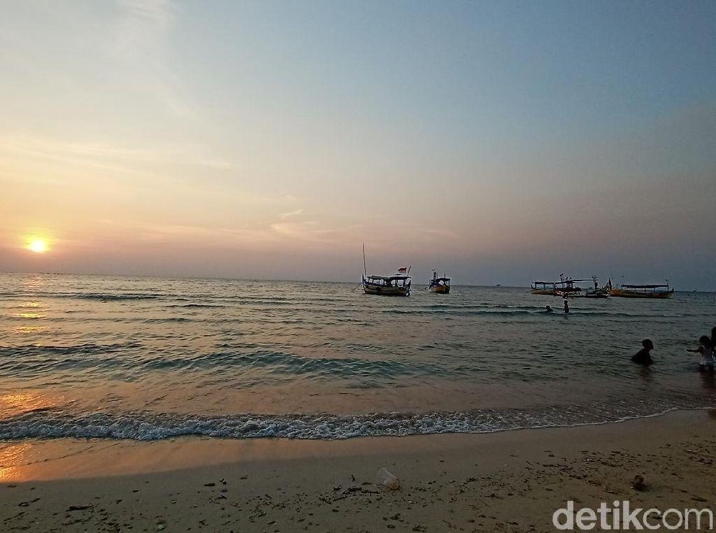 My Trip My Adventure: Main Jet Ski di Pantai Bandengan Jepara