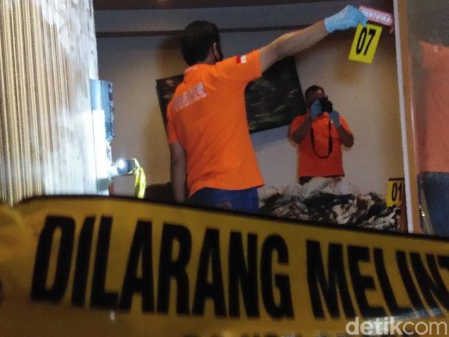 Polisi Olah TKP Kasus Pria Ngamuk-Bakar Kamar Hotel Gegara Gagal Rujuk