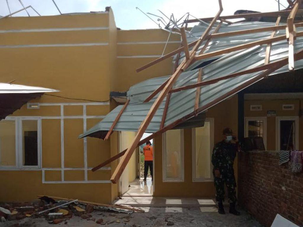 Puting Beliung Terjang Deli Serdang, 3 Orang Luka-56 Rumah Rusak