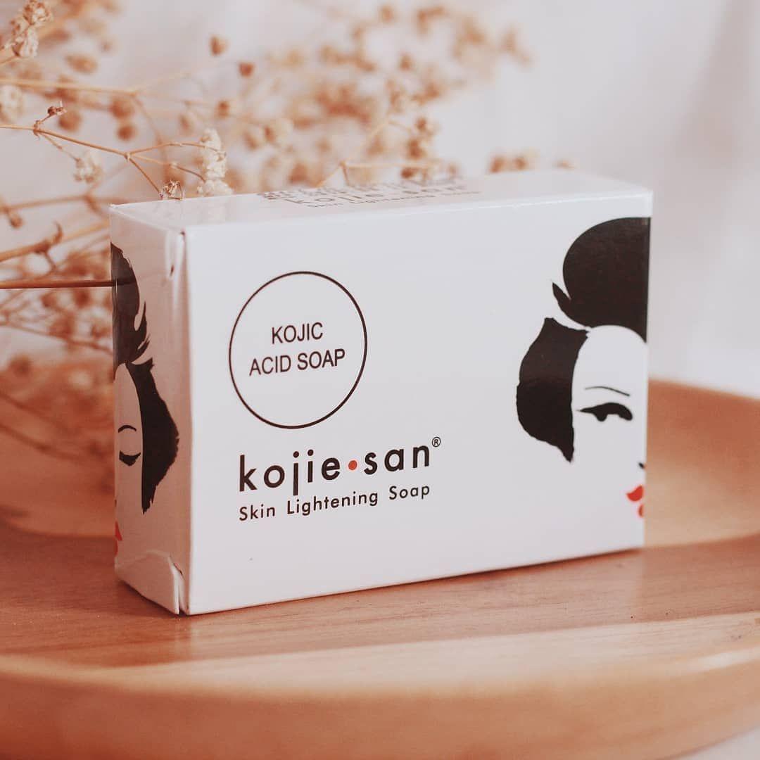 Kojie san lightening pemutih kulit yang sedang viral