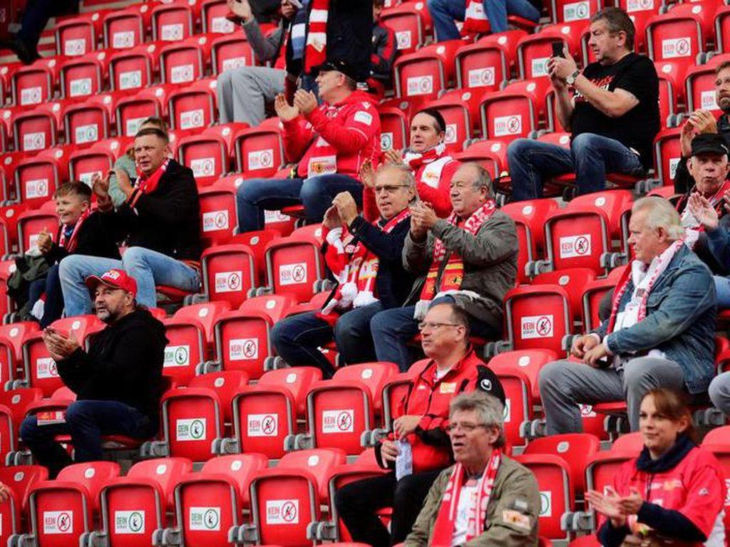 Setelah Tutup 6 Bulan, Stadion Bundesliga Kembali Buka untuk Fans