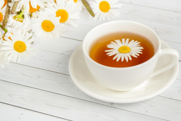 Teh herbal dapat meredakan asam lambung.
