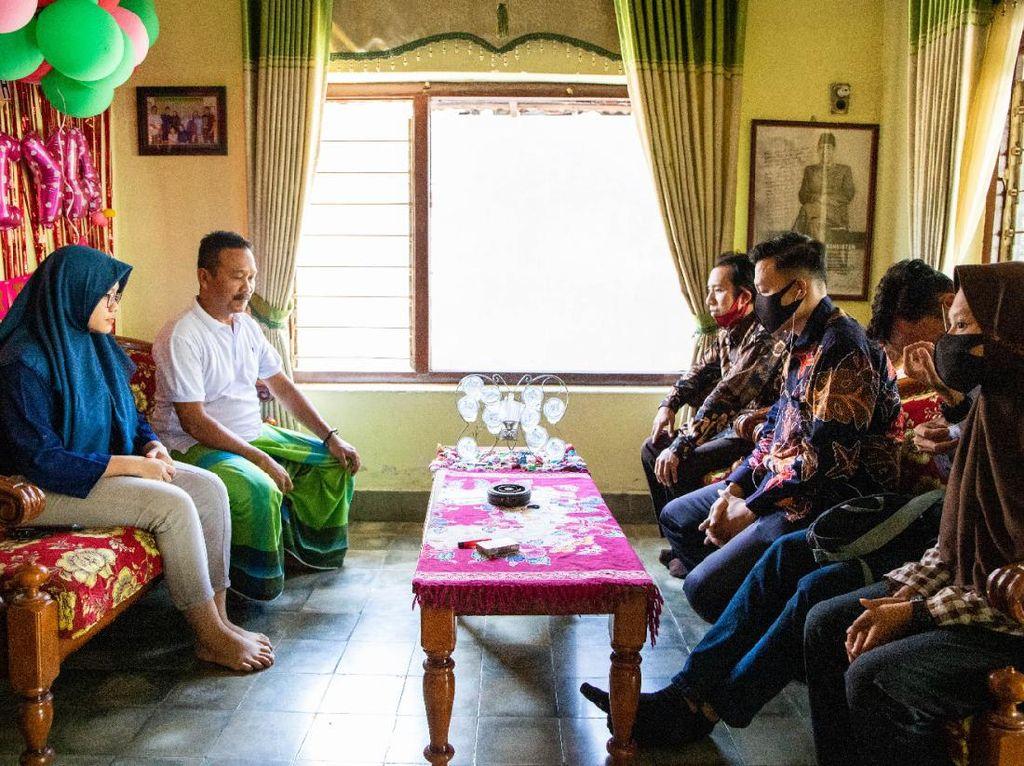 Datangi Rumah Maba yang Dibentak, Panitia Ospek Unesa Minta Maaf