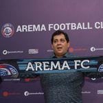 Arema FC Perkenalkan Carlos Oliveira sebagai Pelatih Baru