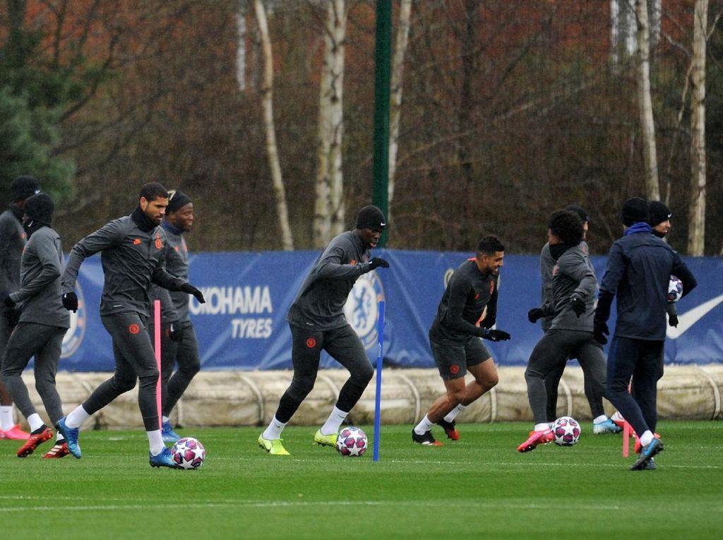Chilwell dan Thiago Silva Sudah Latihan Jelang Chelsea Vs Liverpool