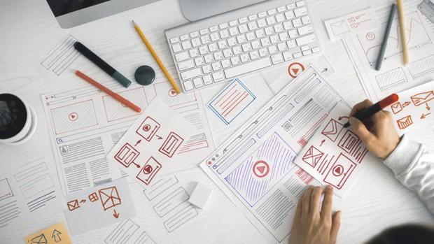 Saat ini hidup serba digital, maka tidak heran kebanyakan bisnis saat ini dilakukan secara online seperti website.