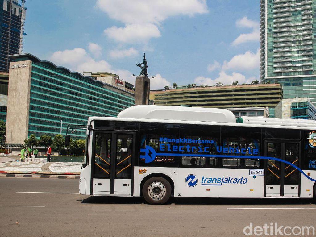 4 Hari PSBB Ketat, Langit Jakarta Membiru