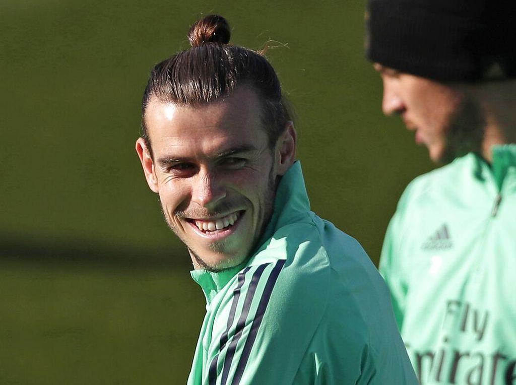 Tes Medis Tuntas, Bale dan Reguilon Terbang ke London