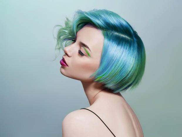 Jangan Melakukan Perubahan Warna Rambut yang Drastis