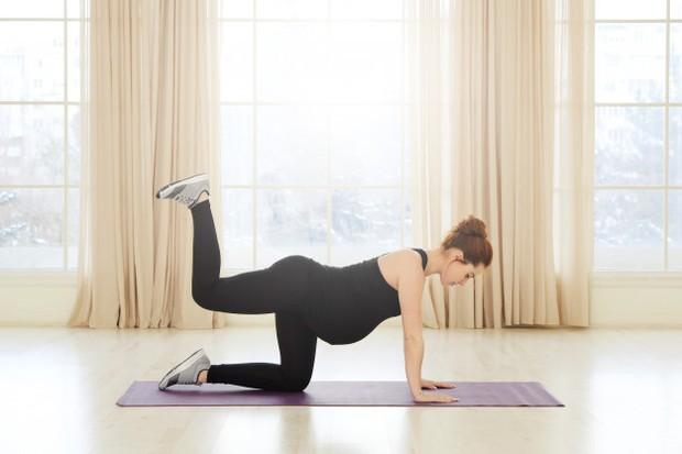 Lakukan aktivitas fisik untuk kelancaran melahirkan.