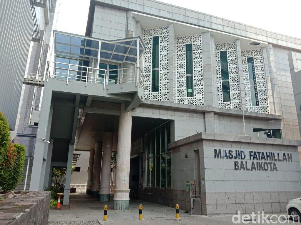 Masjid Fatahillah Balai Kota DKI Tak Gelar Salat Jumat Selama PSBB