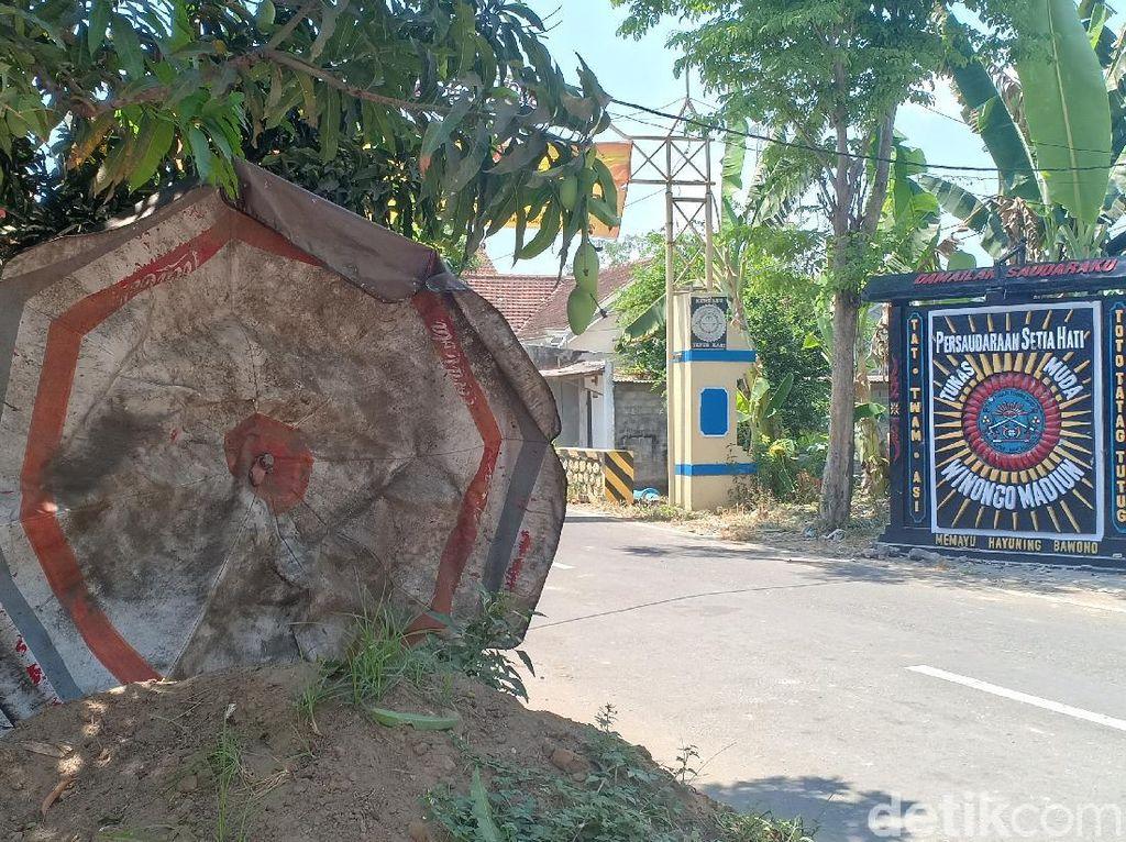 Rumah Warga Kota Madiun Juga Jadi Sasaran Lempar Batu Diduga Oleh Pesilat