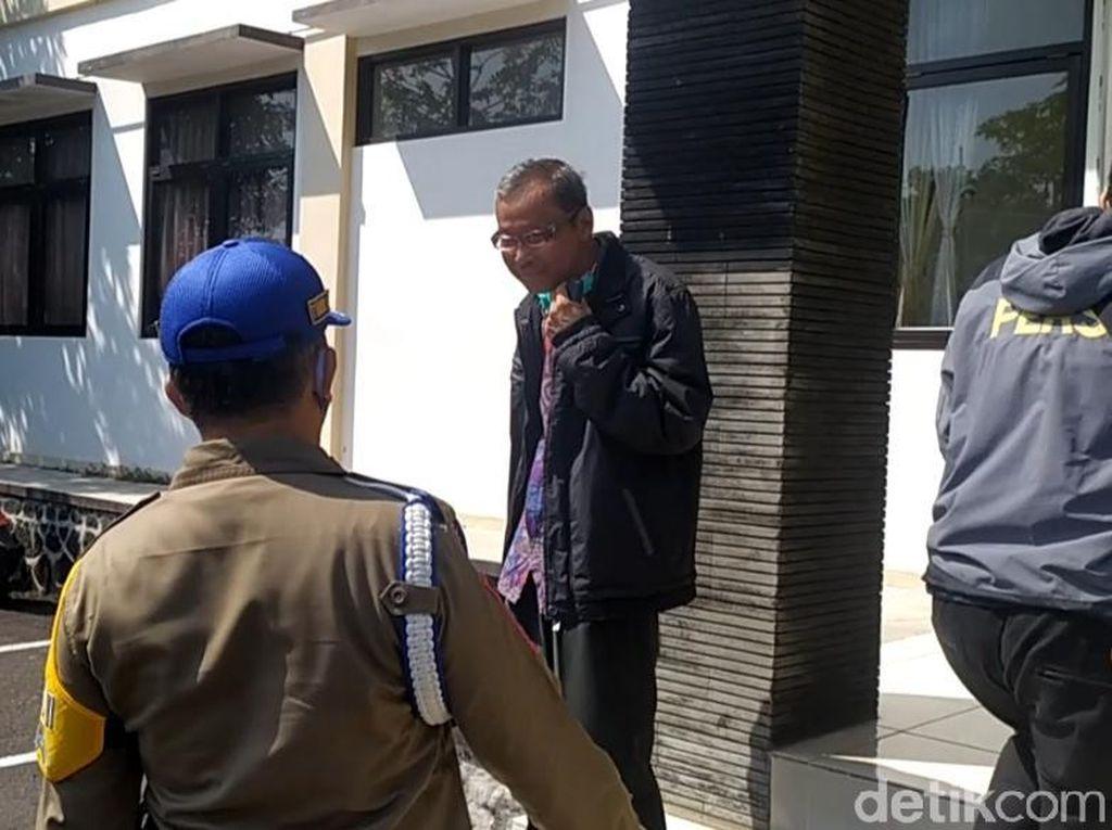 Razia ke Kantor Dinas, Petugas Temukan ASN Cianjur Tak Bermasker