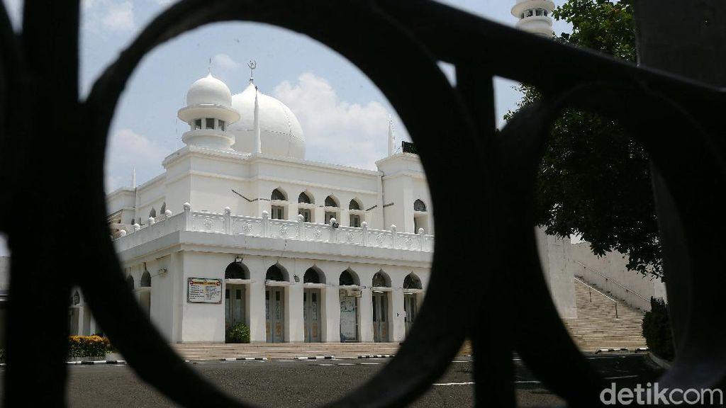 PSBB Total, Masjid Al-Azhar Tidak Gelar Salat Jumat