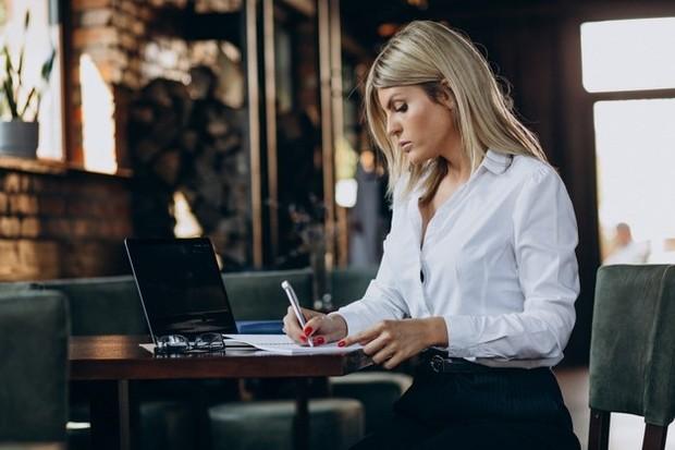 Alasan utama untuk membuat business plan adalah untuk mengetahui apakah ide bisnis kamu benar-benar berpeluang menjadi sukses.