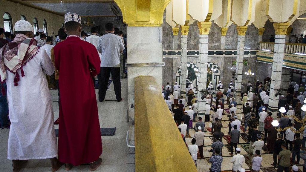 Masjid di Pancoran Jakarta Ini Tetap Gelar Salat Jumat