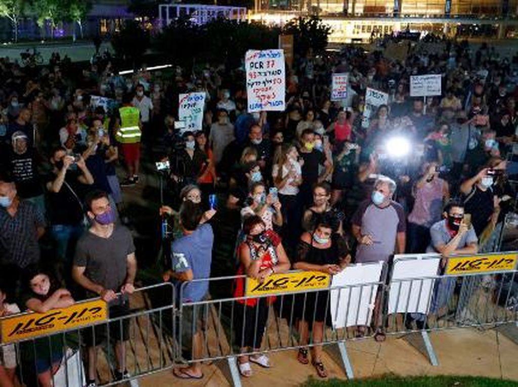 Turun ke Jalan, Ratusan Warga Israel Protes Rencana Lockdown Kedua