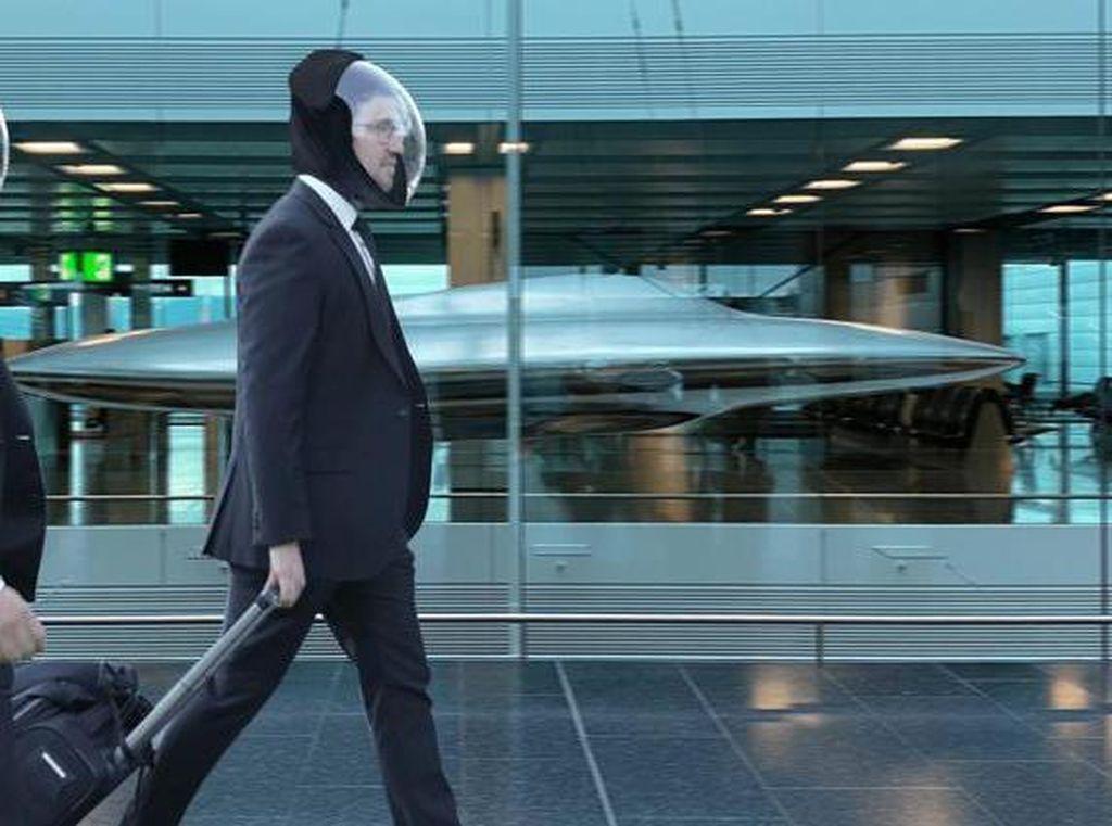 Tertarik Pakai Deretan Masker Luar Angkasa Ini?