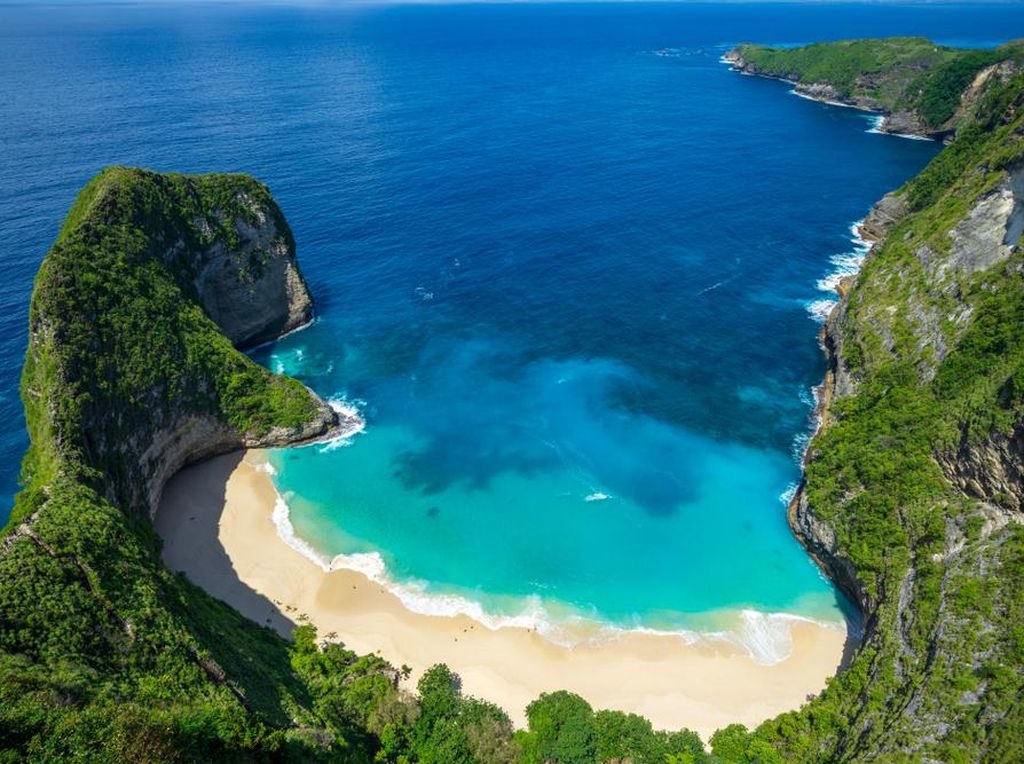 Pantai Terbaik di Asia Versi Tripadvisor, Adakah dari Indonesia?