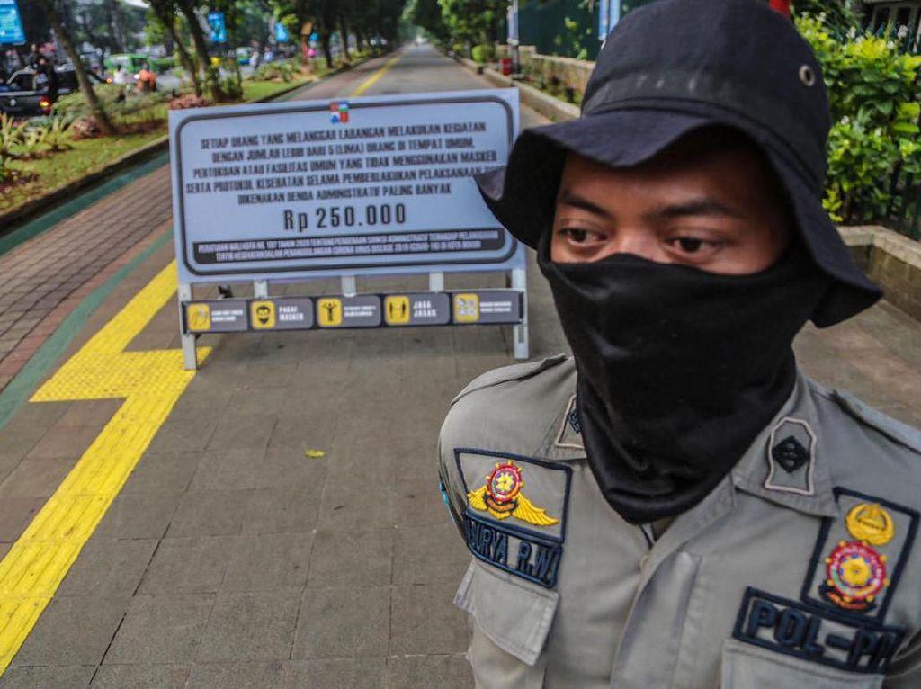 Hari Pertama Sterilisasi, Pedestrian Kebun Raya Bogor Sepi