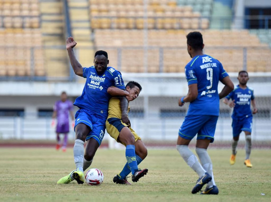 Madura United Balik ke Pamekasan, Persib Bandung Pusing soal Perjalanan